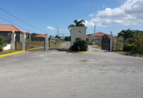 Aqueduct Country Club Home for Sale
